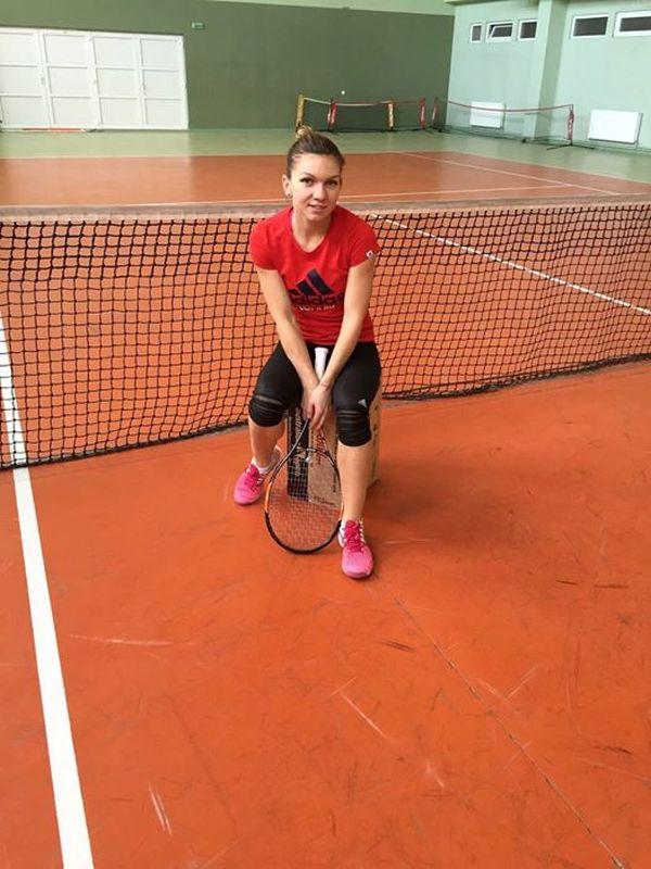 simona-halep-idu-mamaia-club-tenisaxyall